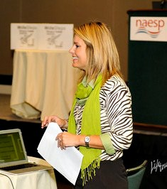 Photo of Suzanne Klein of WriteSteps presenting Common Core writing strategies to elementary principals at the 2012 NAESP conference.